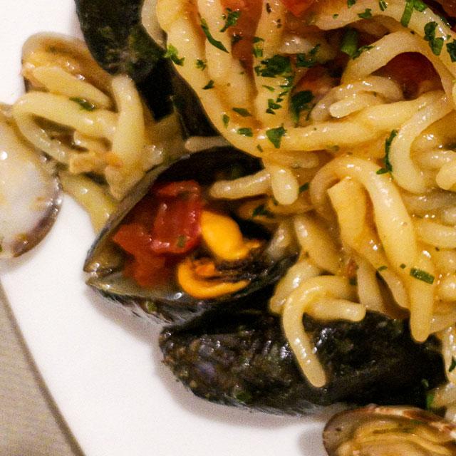 ricetta-caterline-Trofie-ai-frutti-di-mare