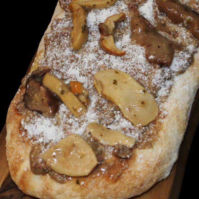 ricetta-caterline-Scrocchiarella-ragu-cinghiale-pecorino-funghi